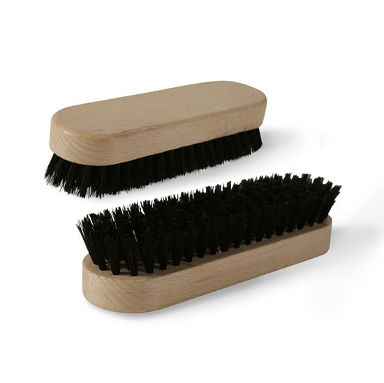 Polishing brush - wood (hair) small